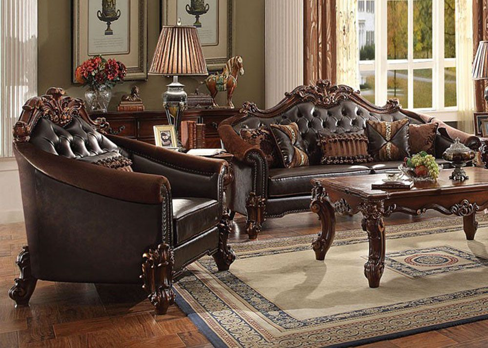 Porchia Traditional Style Leather Chair